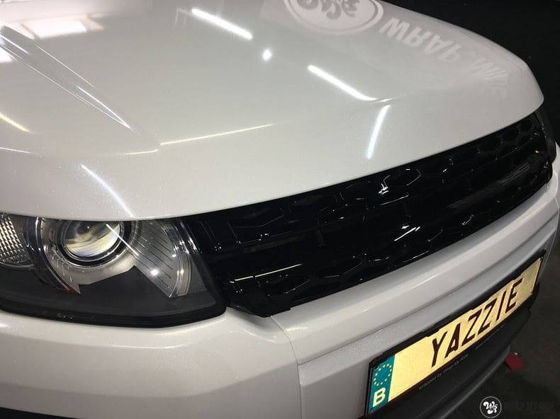 Range Rover Evoque Avery White Diamond, Carwrapping door Wrapmyride.nu Foto-nr:9827, ©2021