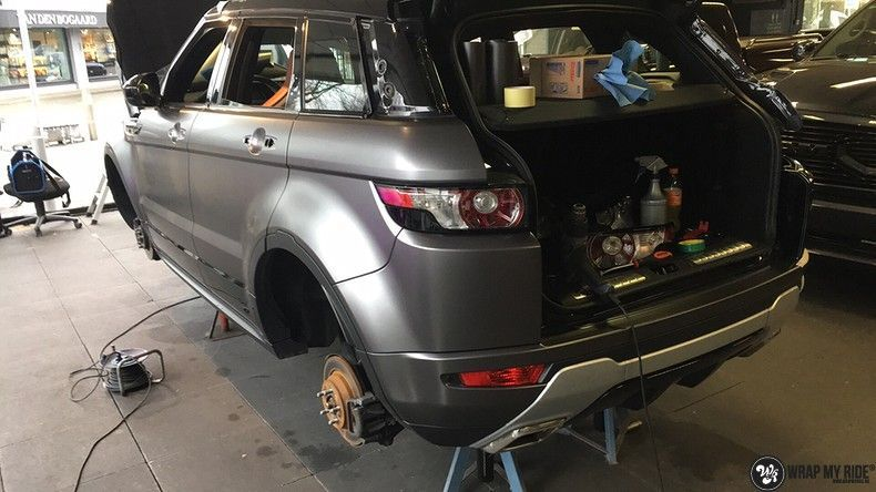 Range Rover Evoque Satin Dark Grey, Carwrapping door Wrapmyride.nu Foto-nr:11040, ©2020