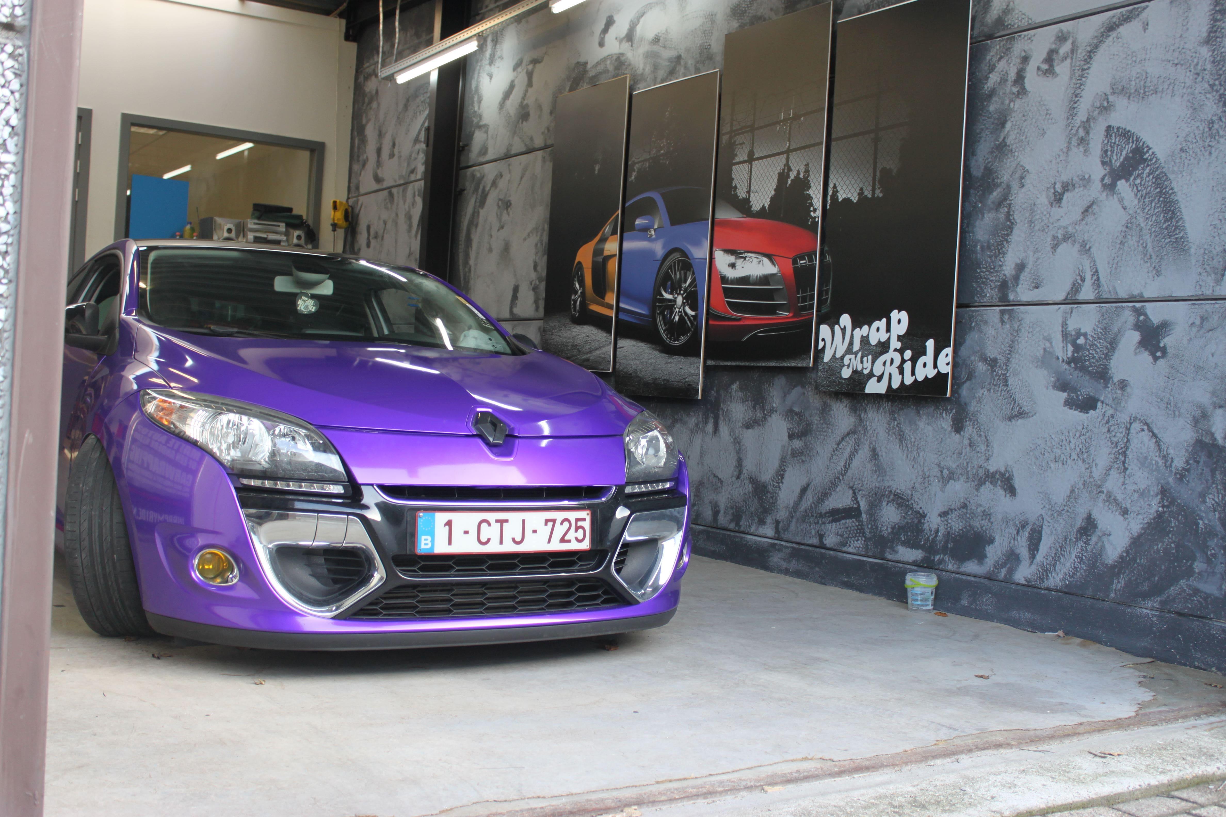 Renault Megane Bose met Amethyst Wrap in Paars, Carwrapping door Wrapmyride.nu Foto-nr:7058, ©2021