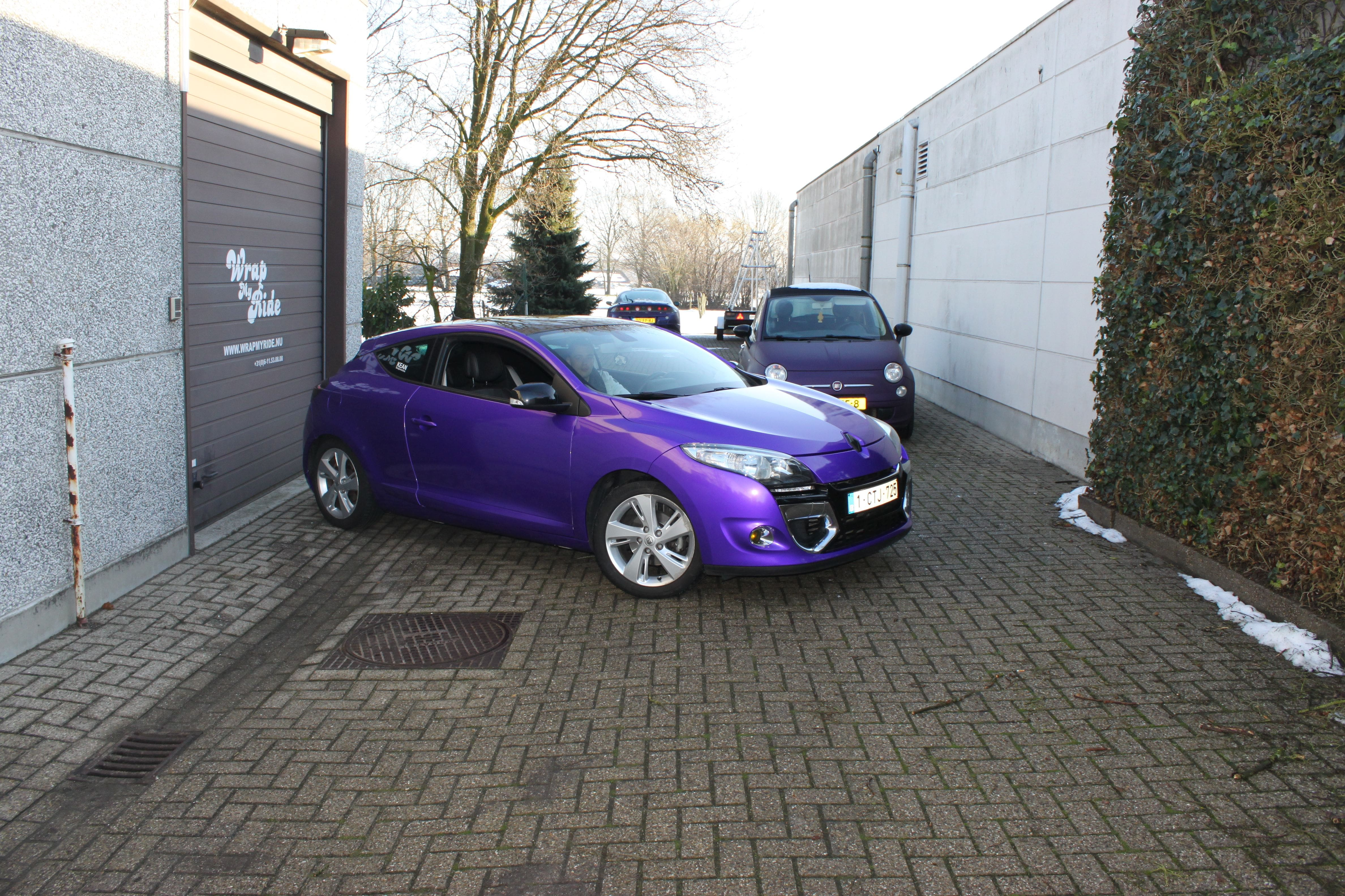 Renault Megane Bose met Amethyst Wrap in Paars, Carwrapping door Wrapmyride.nu Foto-nr:7069, ©2021