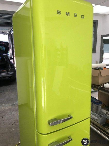 Smeg koelkast matte army green, Carwrapping door Wrapmyride.nu Foto-nr:12678, ©2021