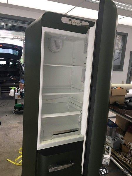Smeg koelkast matte army green, Carwrapping door Wrapmyride.nu Foto-nr:12673, ©2020