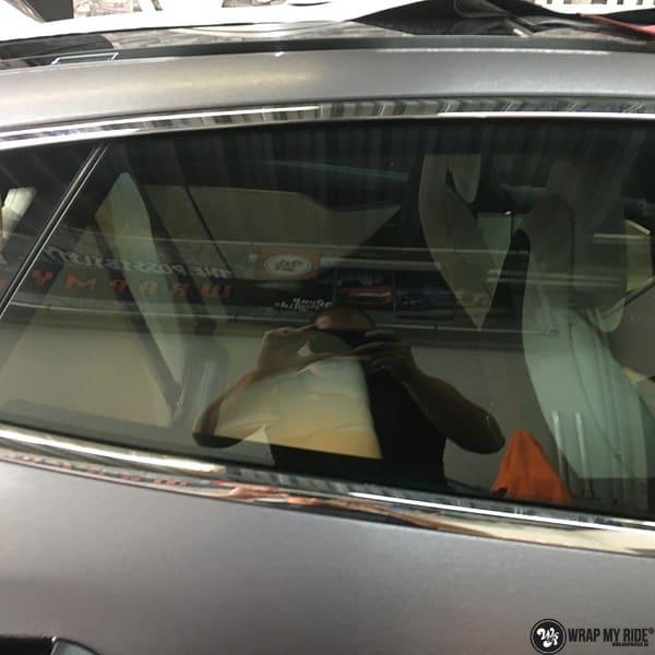Tesla Model S brushed steel, Carwrapping door Wrapmyride.nu Foto-nr:9929, ©2018