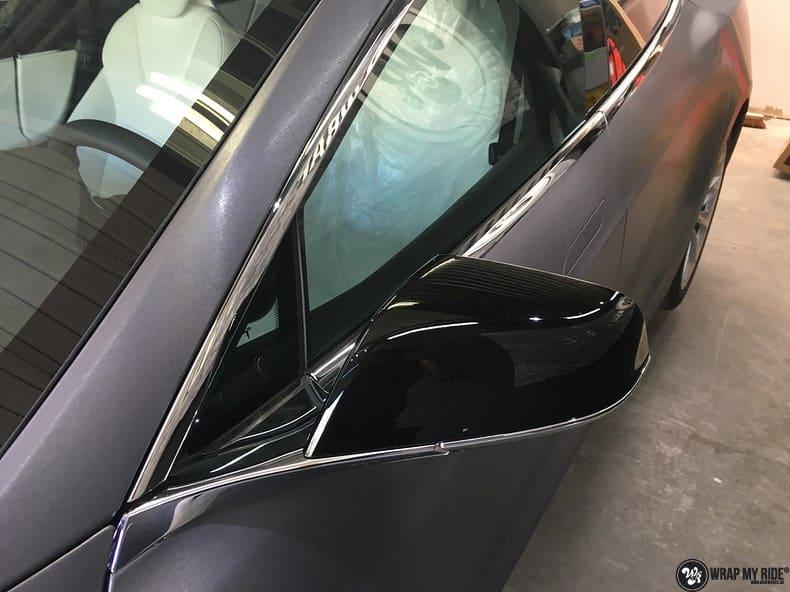 Tesla Model S brushed steel, Carwrapping door Wrapmyride.nu Foto-nr:9932, ©2018