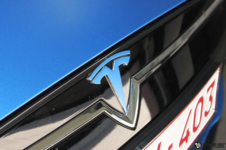 Tesla Model S P90D, Carwrapping door Wrapmyride.nu Foto-nr:10089, ©2020