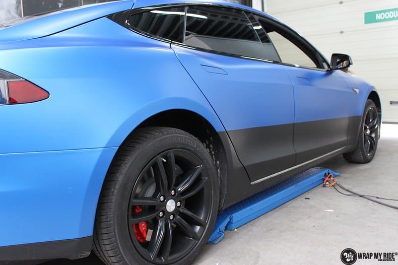 Tesla Model S P90D, Carwrapping door Wrapmyride.nu Foto-nr:10087, ©2020