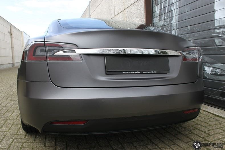 Tesla Model S Satin Dark Grey, Carwrapping door Wrapmyride.nu Foto-nr:9589, ©2020