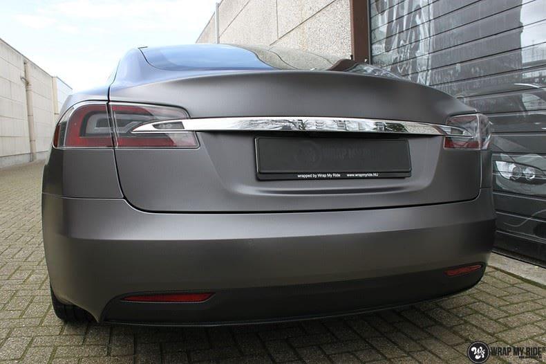 Tesla Model S Satin Dark Grey, Carwrapping door Wrapmyride.nu Foto-nr:9589, ©2018