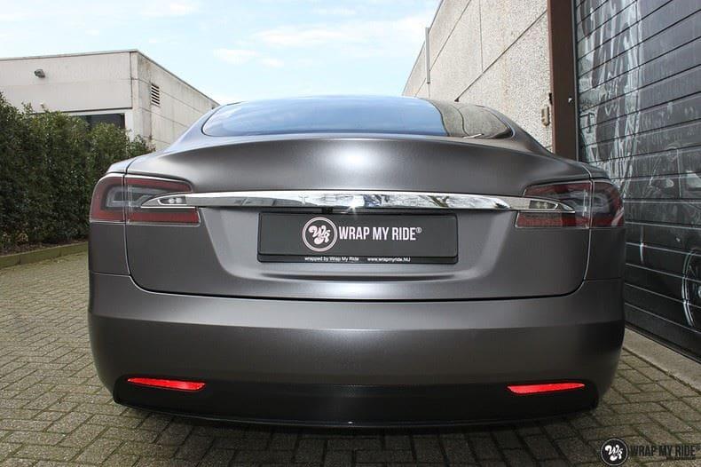 Tesla Model S Satin Dark Grey, Carwrapping door Wrapmyride.nu Foto-nr:9587, ©2020