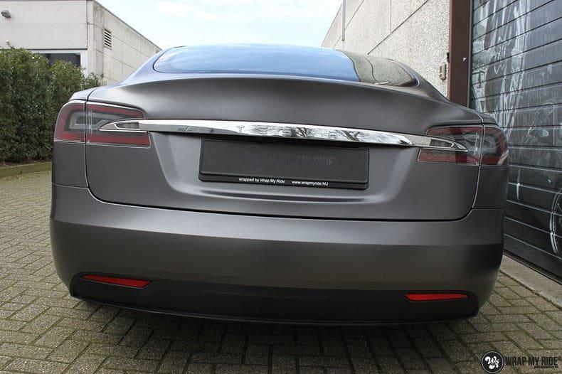 Tesla Model S Satin Dark Grey, Carwrapping door Wrapmyride.nu Foto-nr:9586, ©2018