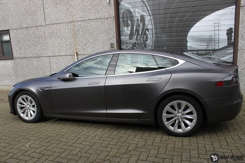 Tesla Model S Satin Dark Grey, Carwrapping door Wrapmyride.nu Foto-nr:9583, ©2020