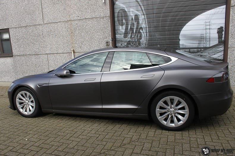 Tesla Model S Satin Dark Grey, Carwrapping door Wrapmyride.nu Foto-nr:9583, ©2018