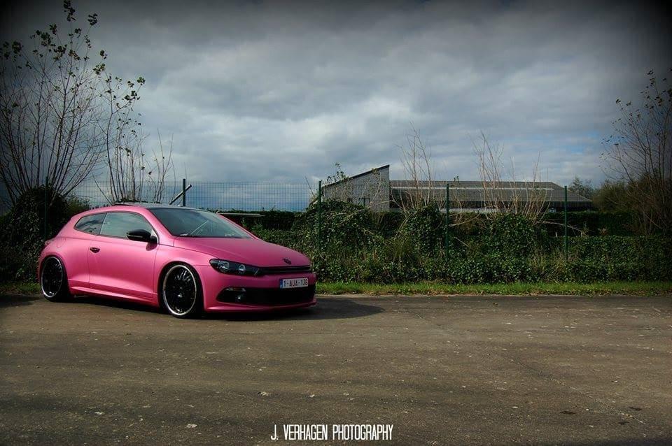 Volkswagen Scirocco met Mat Metallic Roze Warp, Carwrapping door Wrapmyride.nu Foto-nr:6959, ©2021