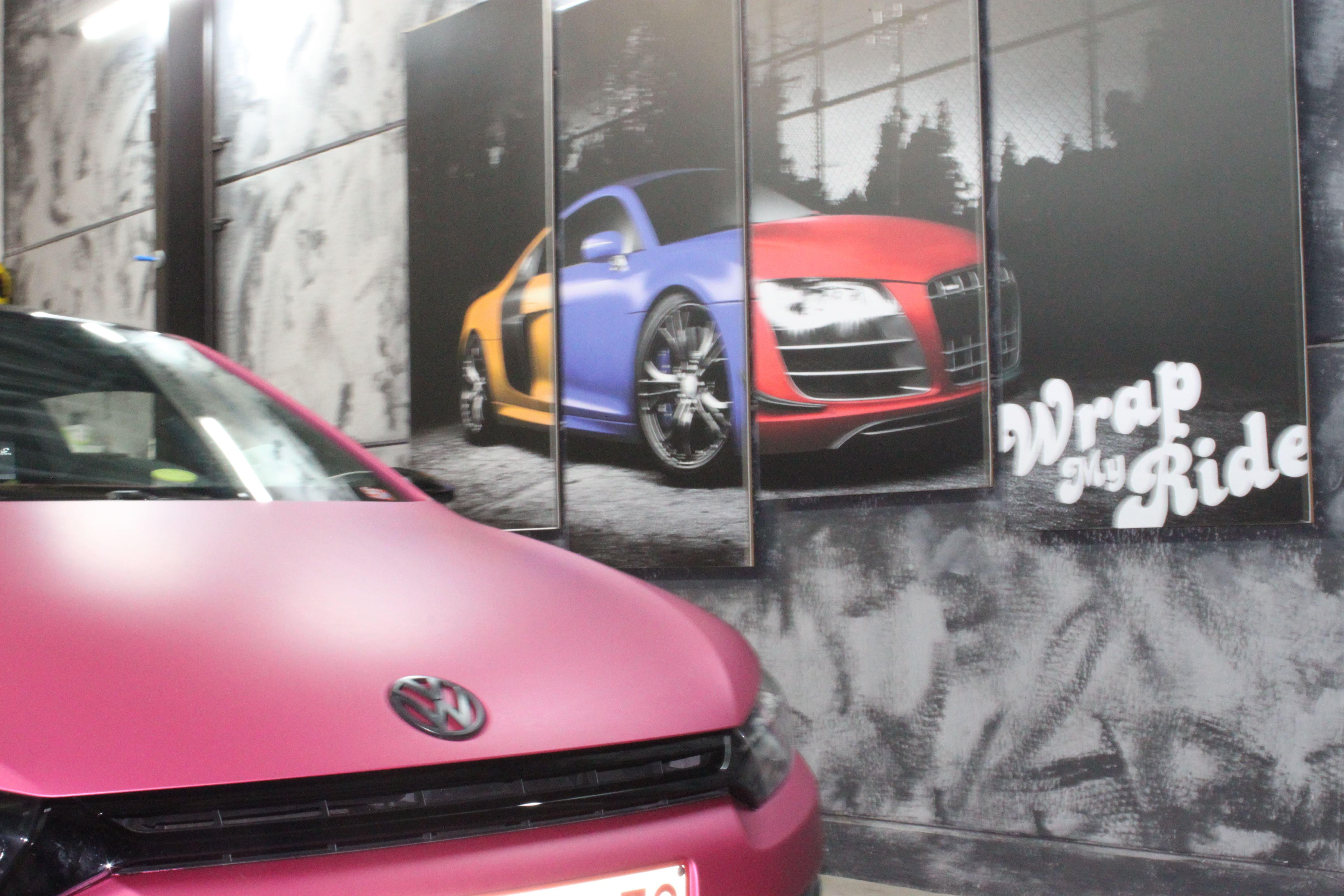 Volkswagen Scirocco met Mat Metallic Roze Warp, Carwrapping door Wrapmyride.nu Foto-nr:6990, ©2021