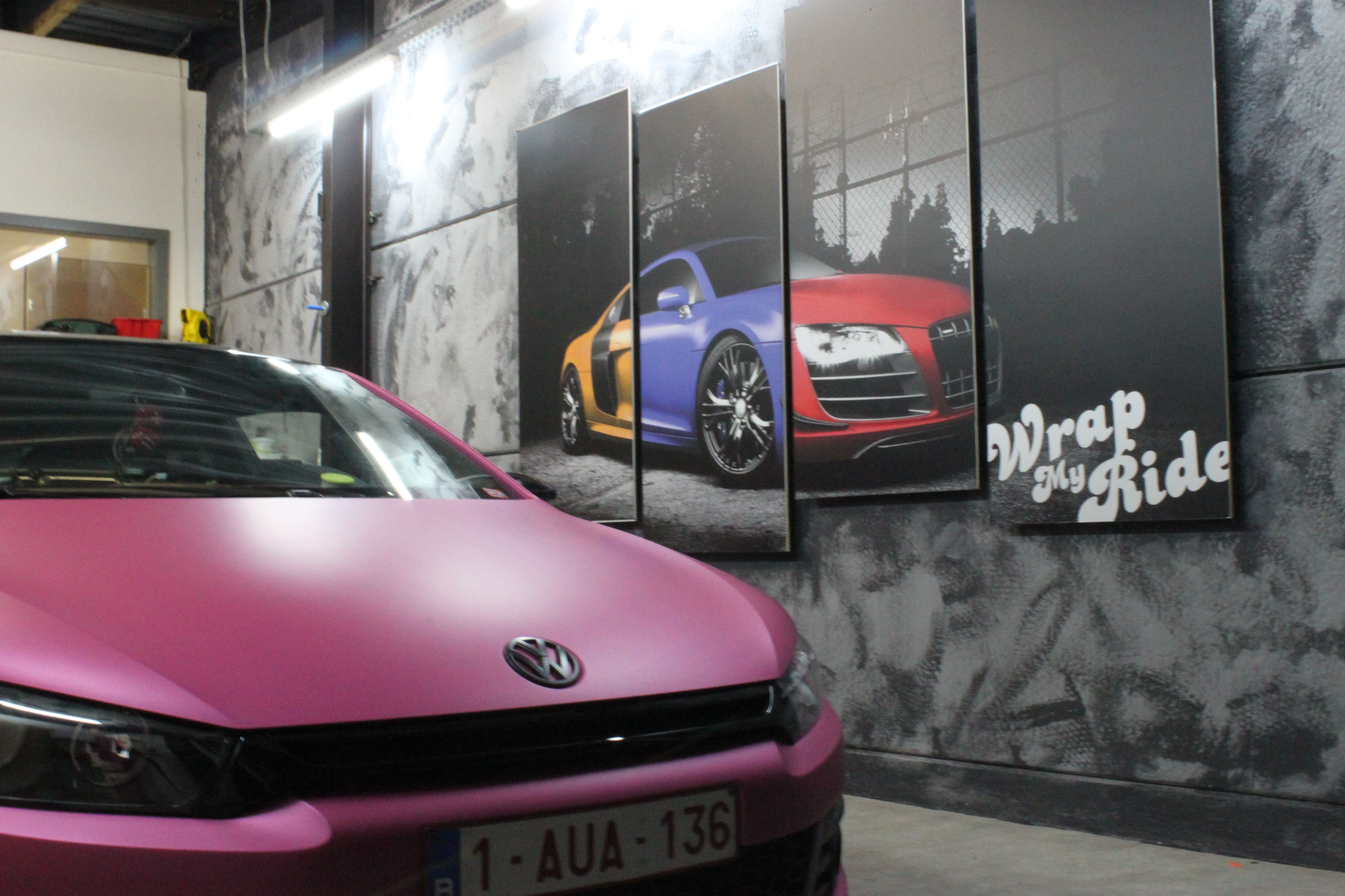 Volkswagen Scirocco met Mat Metallic Roze Warp, Carwrapping door Wrapmyride.nu Foto-nr:6991, ©2021