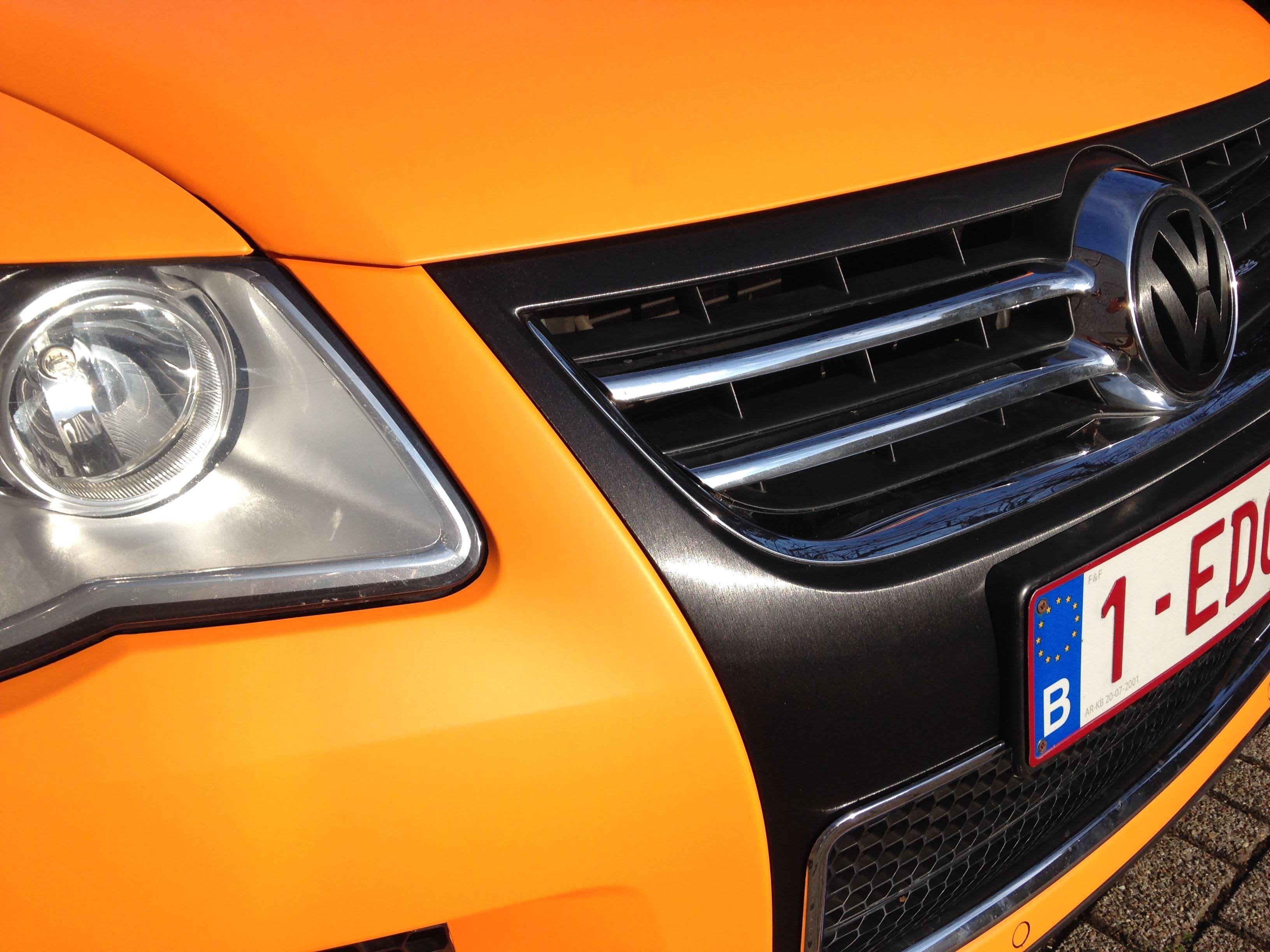 Volkswagen Touareg met Mat Oranje Wrap, Carwrapping door Wrapmyride.nu Foto-nr:7390, ©2021