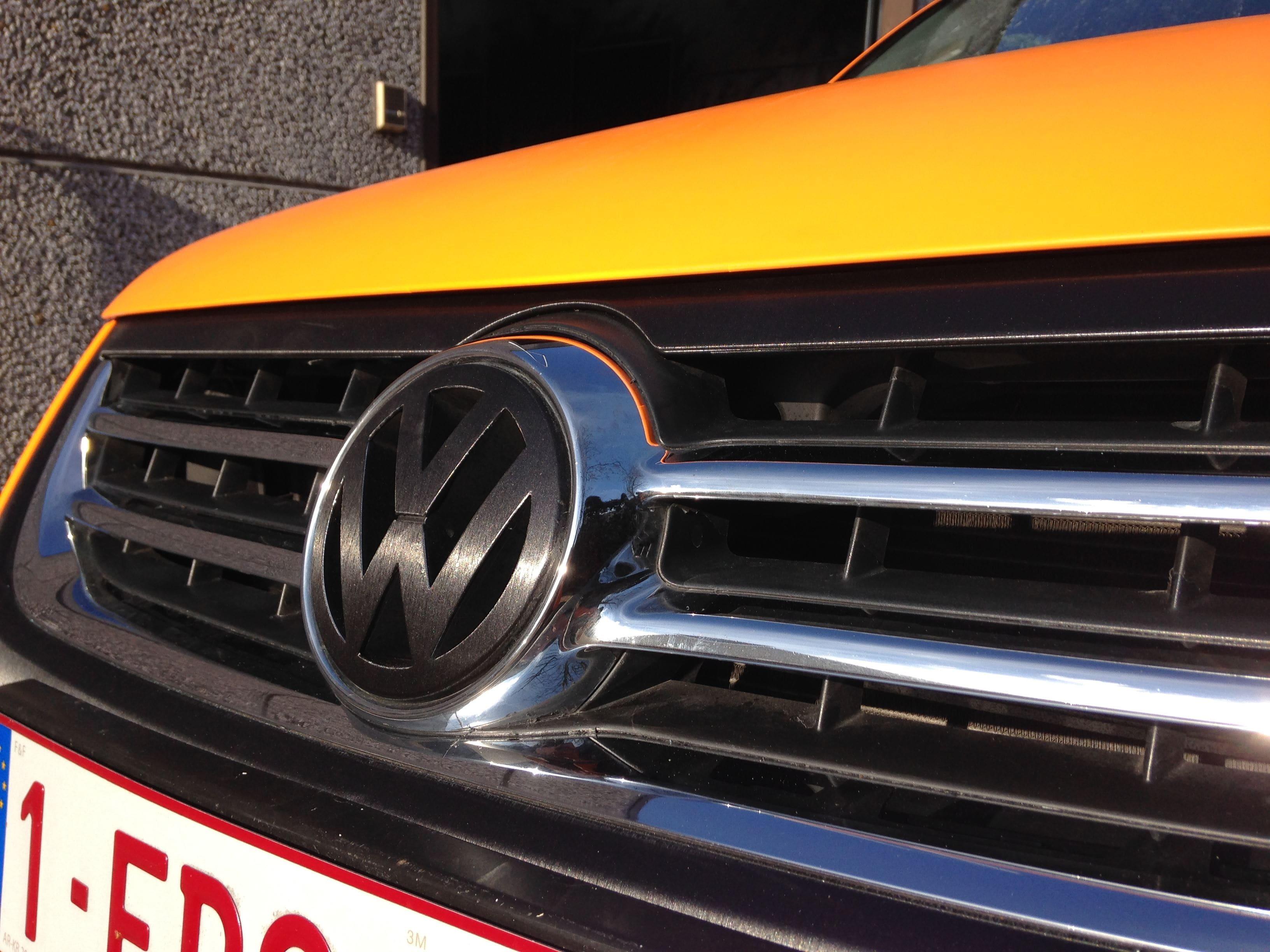 Volkswagen Touareg met Mat Oranje Wrap, Carwrapping door Wrapmyride.nu Foto-nr:7391, ©2021