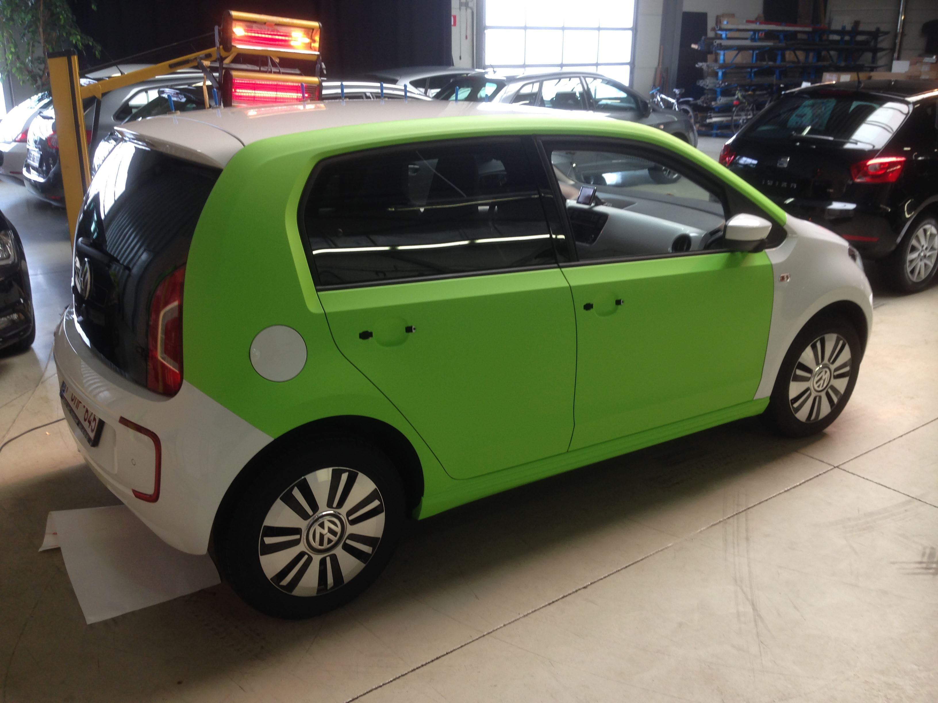 Volkswagen Up met Toxic Green Groene Wrap, Carwrapping door Wrapmyride.nu Foto-nr:7417, ©2020