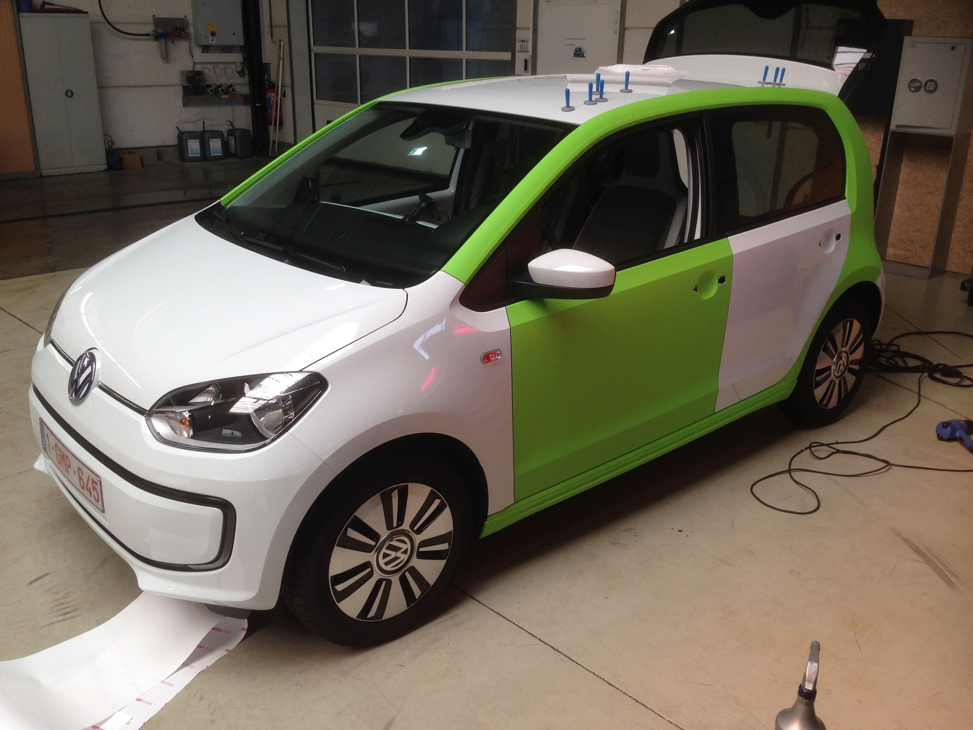 Volkswagen Up met Toxic Green Groene Wrap, Carwrapping door Wrapmyride.nu Foto-nr:7418, ©2020