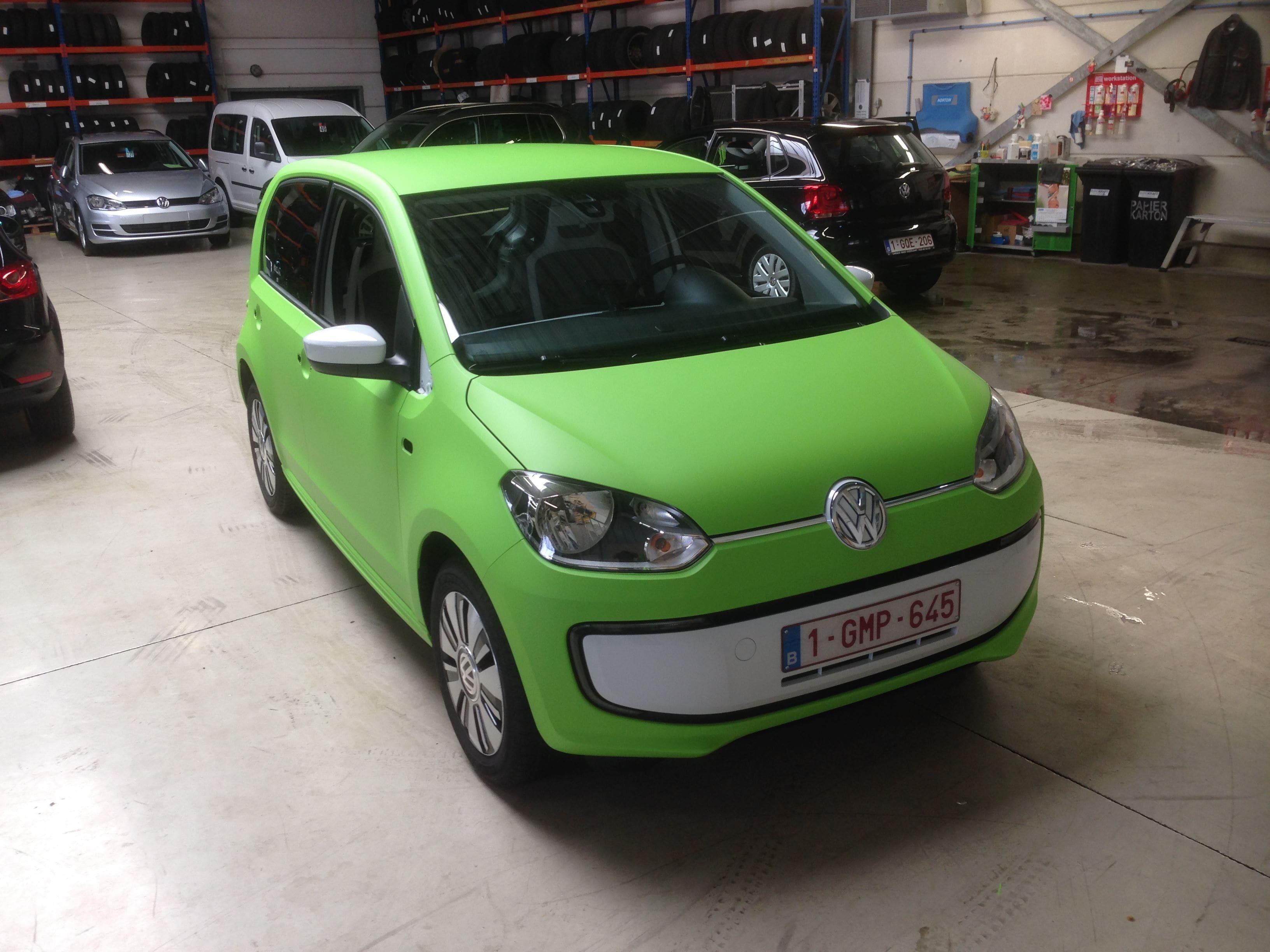 Volkswagen Up met Toxic Green Groene Wrap, Carwrapping door Wrapmyride.nu Foto-nr:7419, ©2020