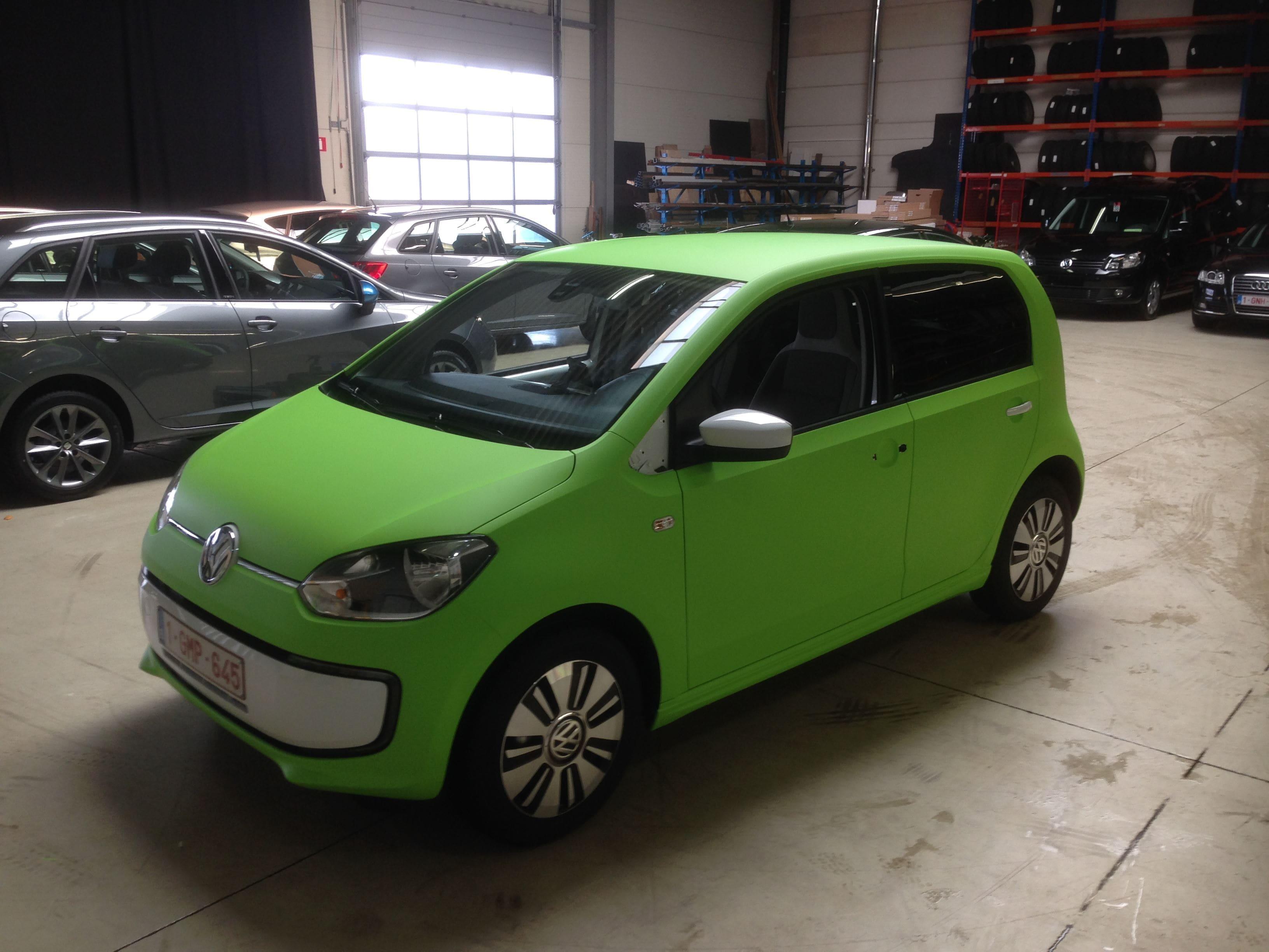 Volkswagen Up met Toxic Green Groene Wrap, Carwrapping door Wrapmyride.nu Foto-nr:7420, ©2020