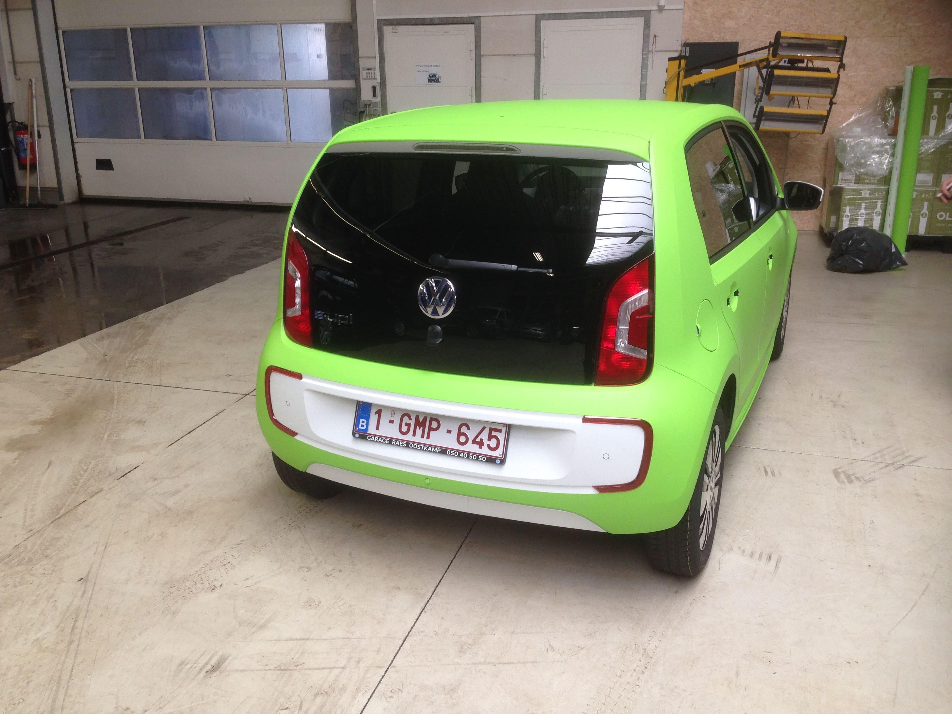 Volkswagen Up met Toxic Green Groene Wrap, Carwrapping door Wrapmyride.nu Foto-nr:7422, ©2020