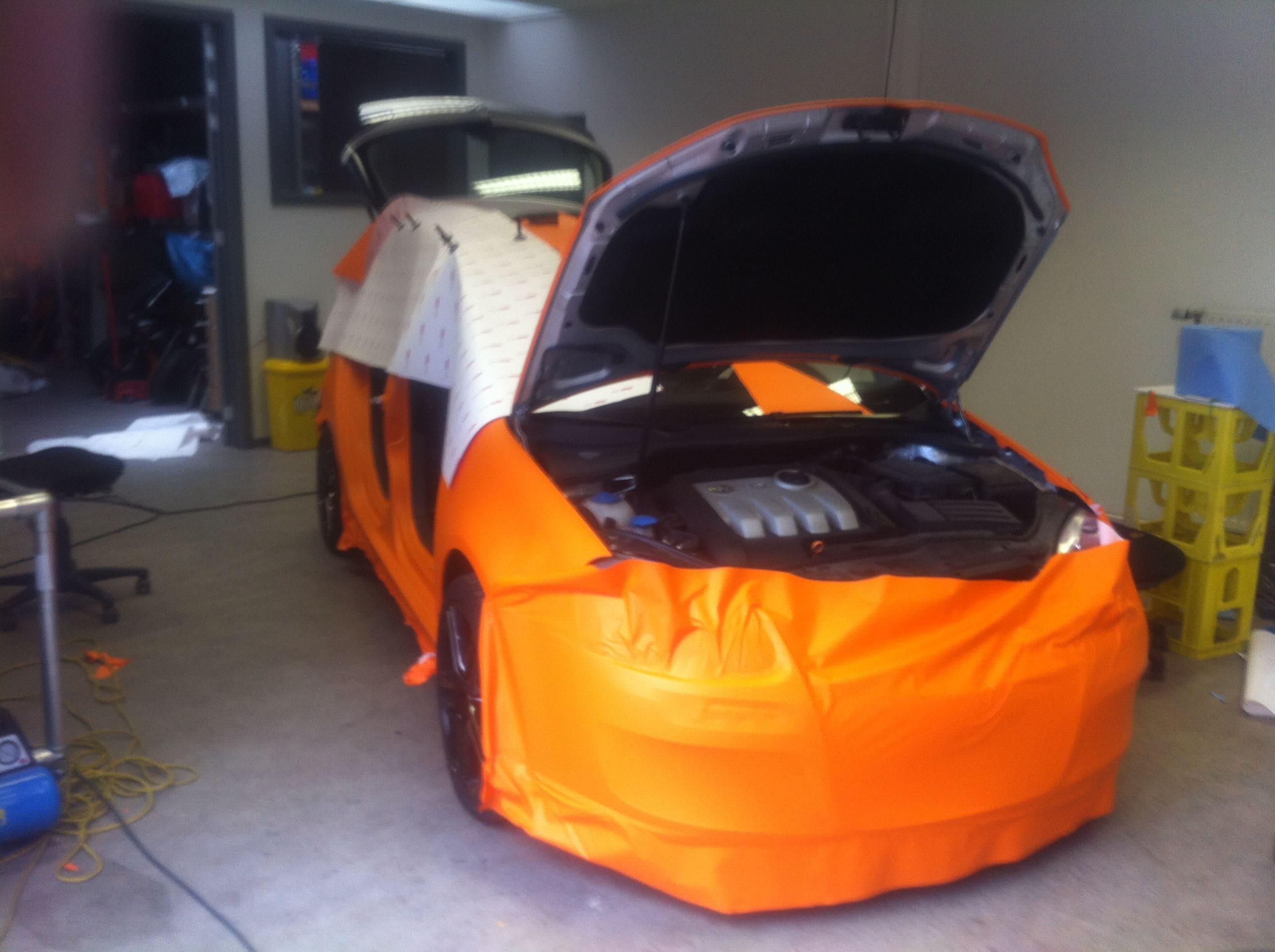 Volswagen Golf met Mat Oranje Wrap, Carwrapping door Wrapmyride.nu Foto-nr:7015, ©2021