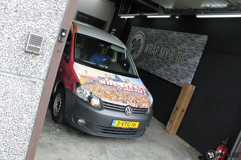 VW Caddy Intents Festival, Carwrapping door Wrapmyride.nu Foto-nr:9865, ©2020