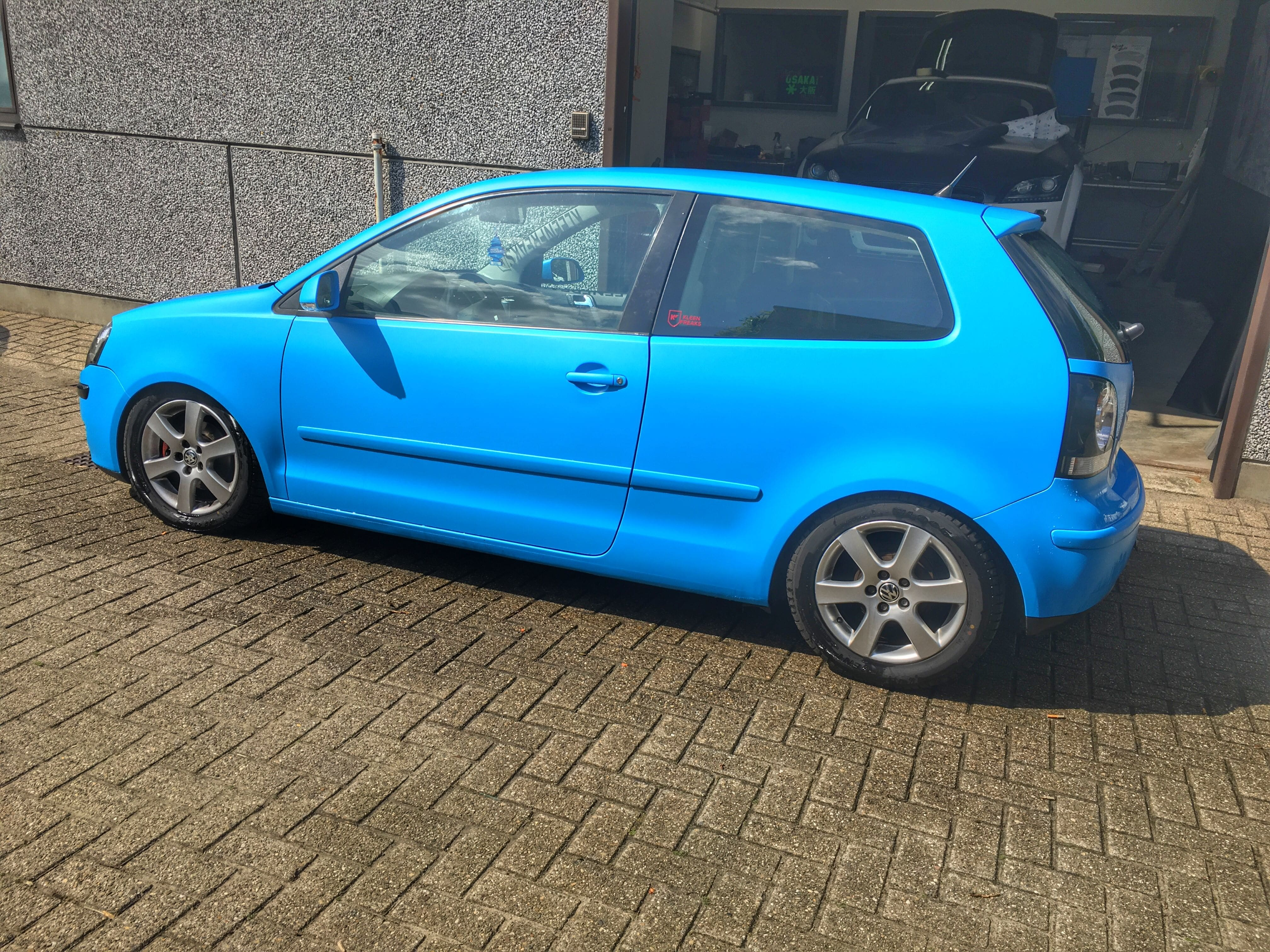 VW polo matte bleu, Carwrapping door Wrapmyride.nu Foto-nr:9184, ©2020