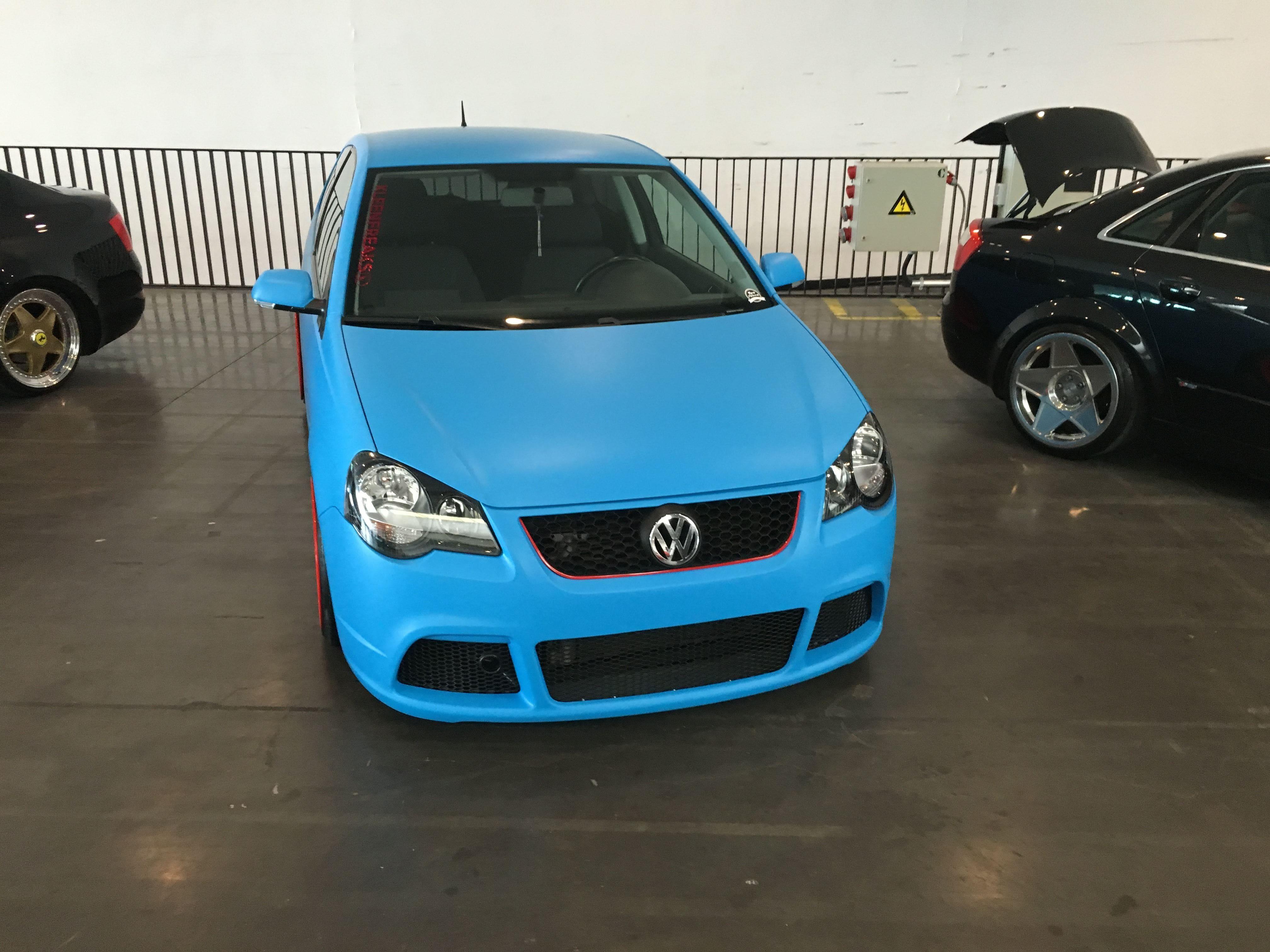 VW polo matte bleu, Carwrapping door Wrapmyride.nu Foto-nr:9181, ©2020