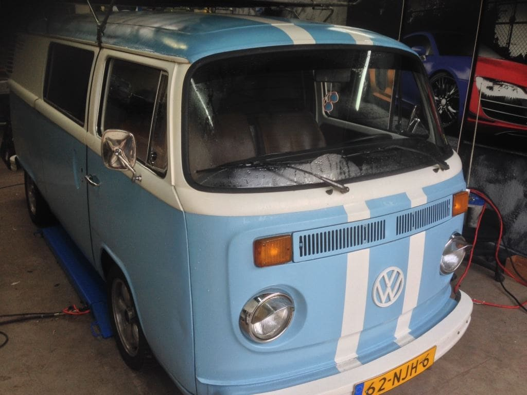 VW T2 mat black guitar hero, Carwrapping door Wrapmyride.nu Foto-nr:8033, ©2021