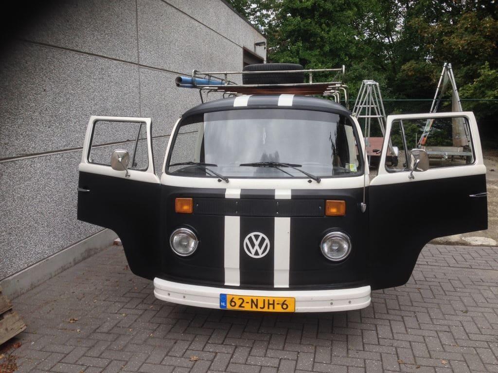 VW T2 mat black guitar hero, Carwrapping door Wrapmyride.nu Foto-nr:8038, ©2021