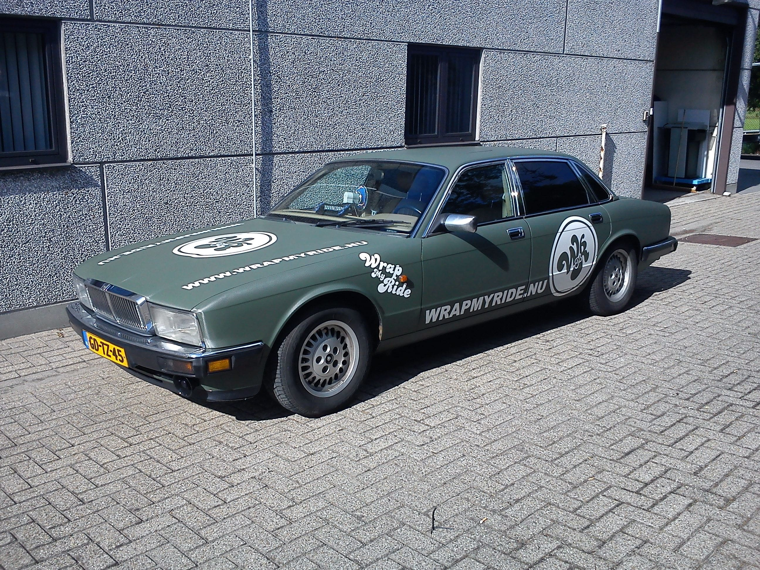 Wrap My Ride Jaguar Gewrapt voor de Garbagerun, Carwrapping door Wrapmyride.nu Foto-nr:5896, ©2020
